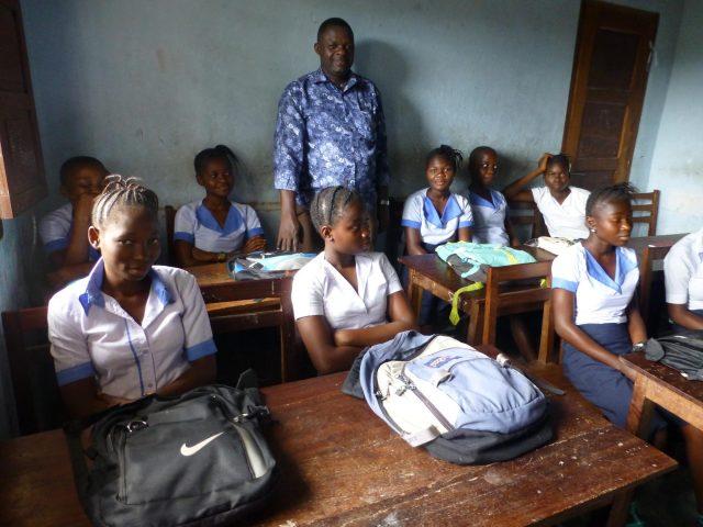Projekt - Utbildning, skolsal med elever