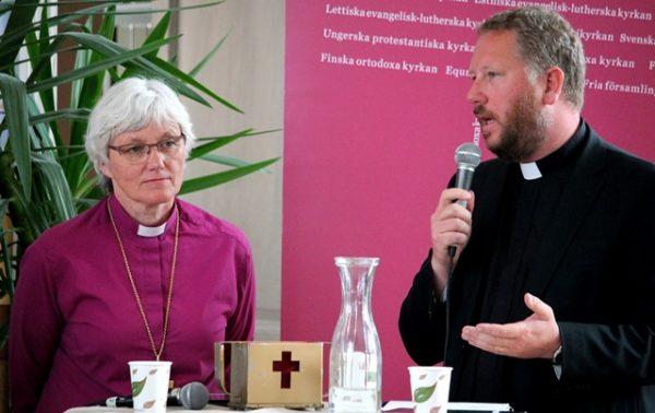 Kyrkoledare och politiker talade migration
