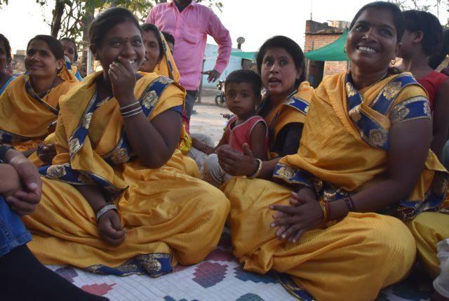 På besök hos självhjälpsgrupper i Indien