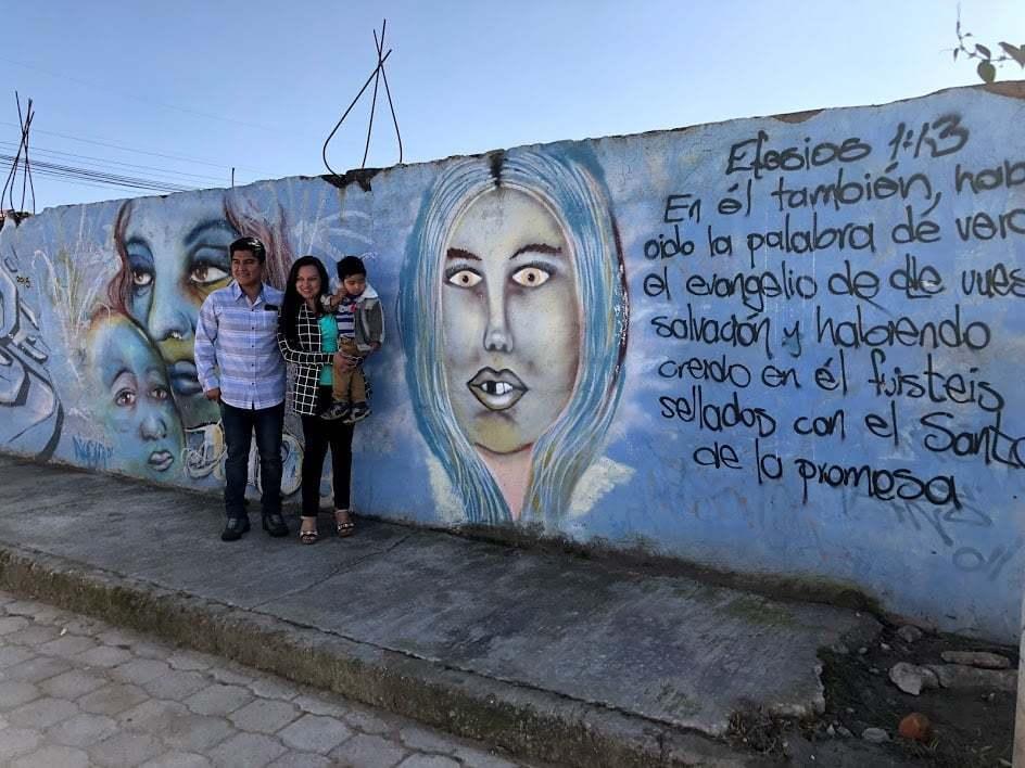 Mur med grafitti