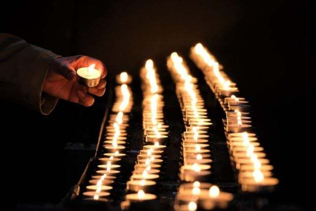 Förbön & ljusmanifestation 16 januari