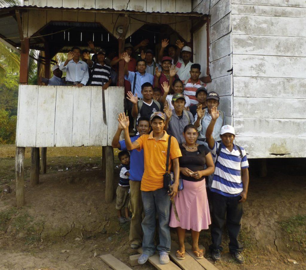Personer i en by i Nicaragua
