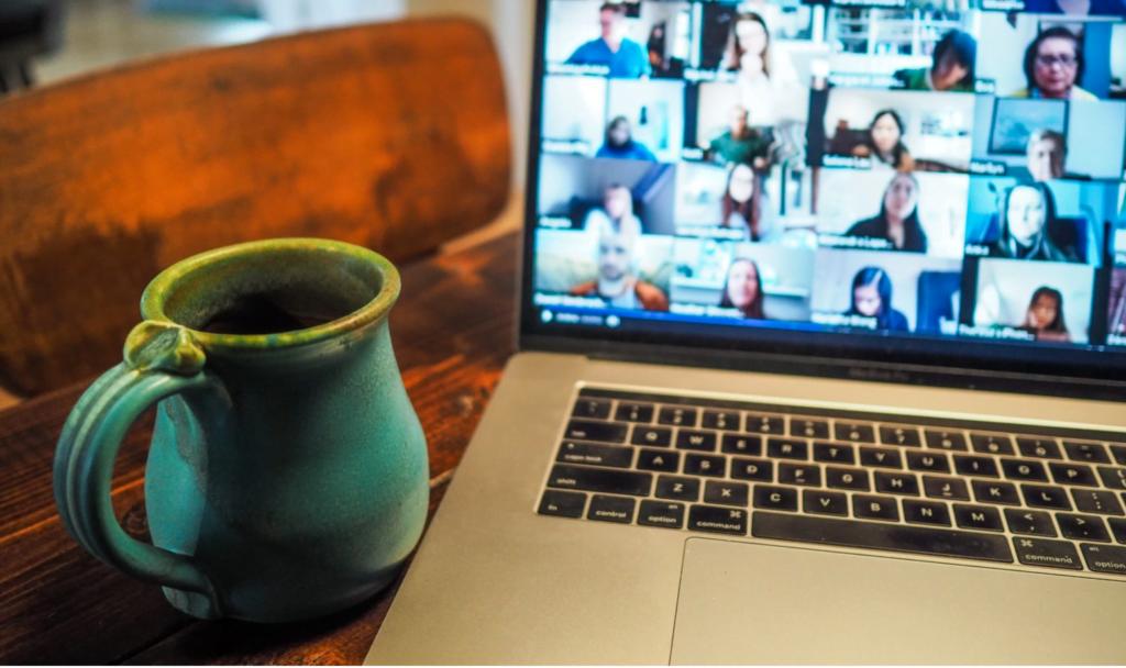 Laptop med videomöte