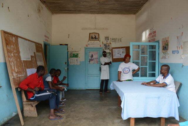 Utbildning för hälso- och sjukvårdsambassadörer i Kongoländerna.