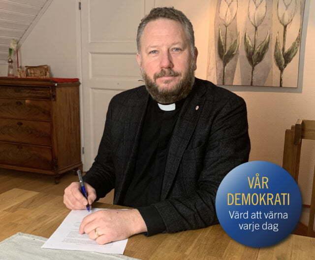 Equmeniakyrkan undertecknade demokratideklarationen